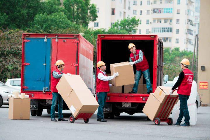 Công ty Kiến Đỏ Moving